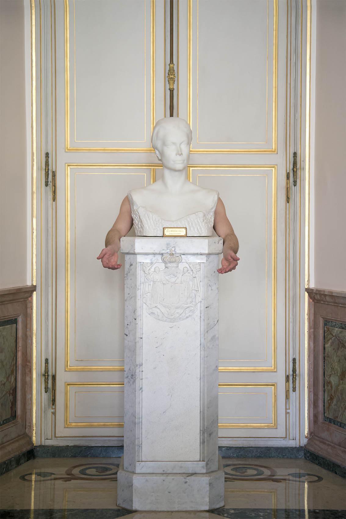 Buste en marbre blanc de la Princesse Grace par Cyril de la Patellière, Julien. Palais Princier de Monaco. 2018