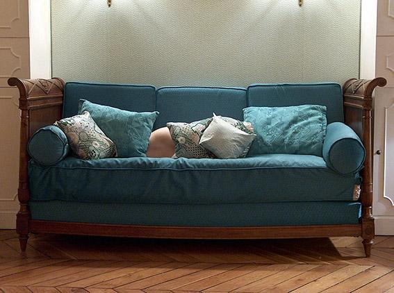 Canapé d'époque Louis-Philippe. Carole. 2005